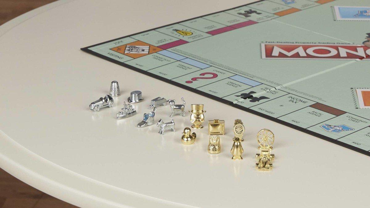Monopoly sostituisce tre pedine