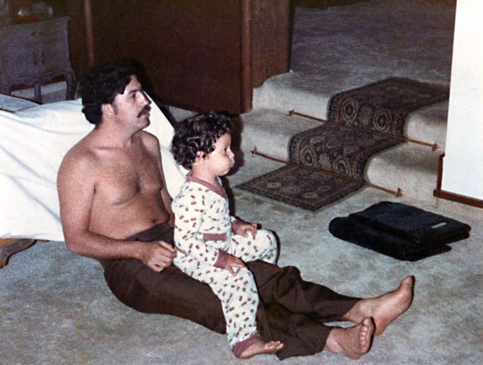 Vita in famiglia Escobar: padre e figlio insieme