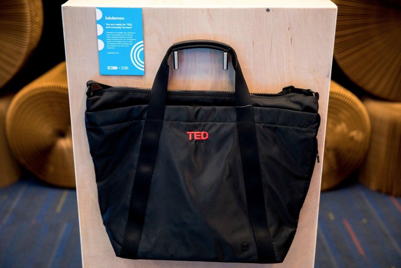 """TED: ecco cosa contiene la """"gift bag"""" consegnata ai partecipanti""""__consegnata_ai_partecipanti_4"""