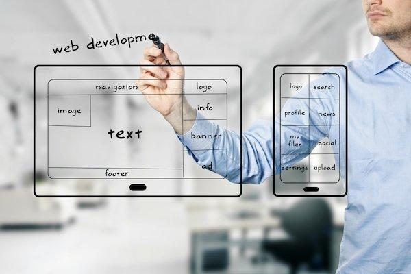 Creare un'app: puoi farlo da solo o hai bisogno di un professionista?