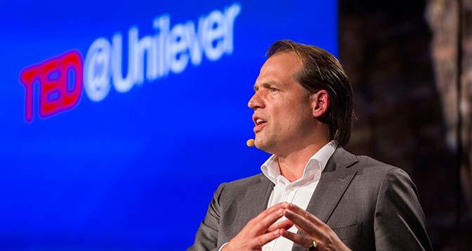 Stop ai CV: Unilever assume grazie all'Intelligenza Artificiale e alla Gamification!