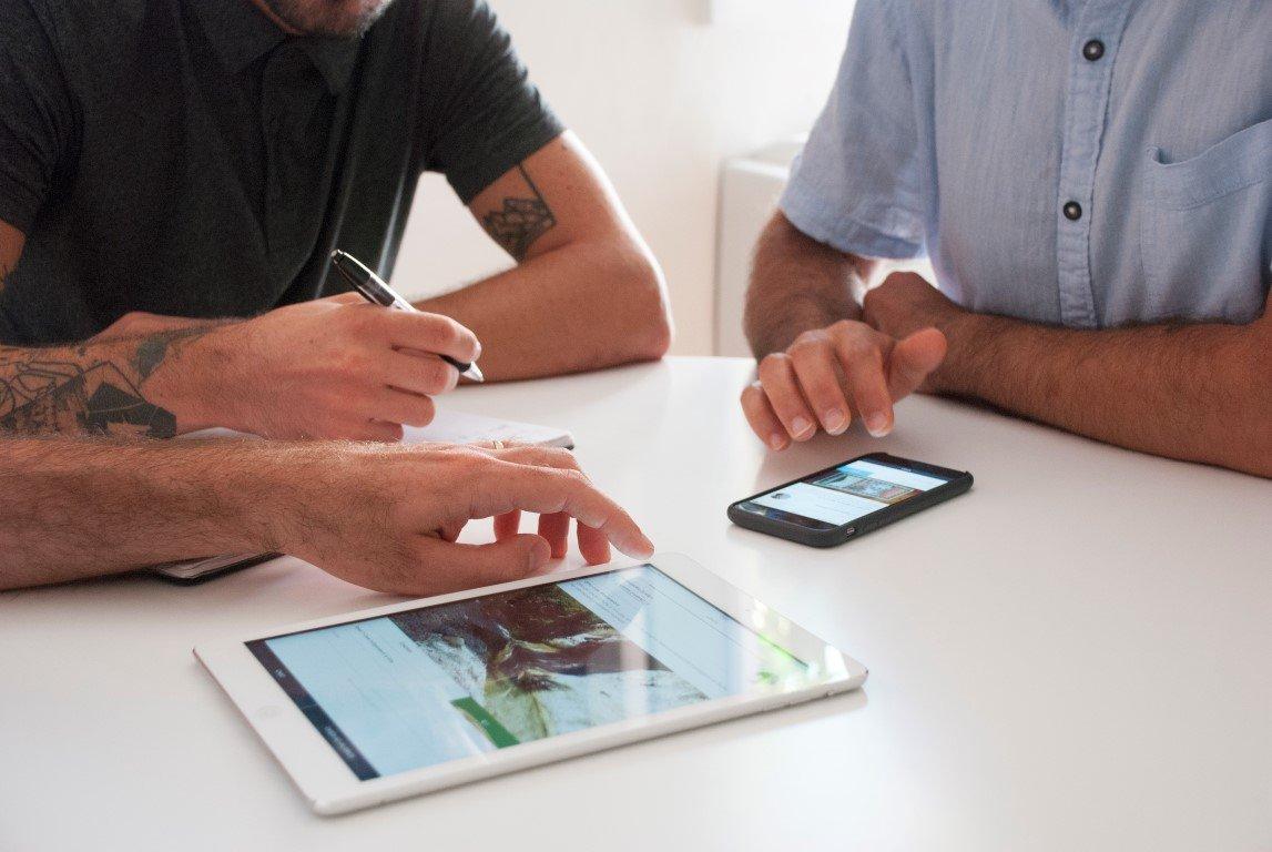 Mellon, l'app per fare affari con gli amici che spopola su iTunes