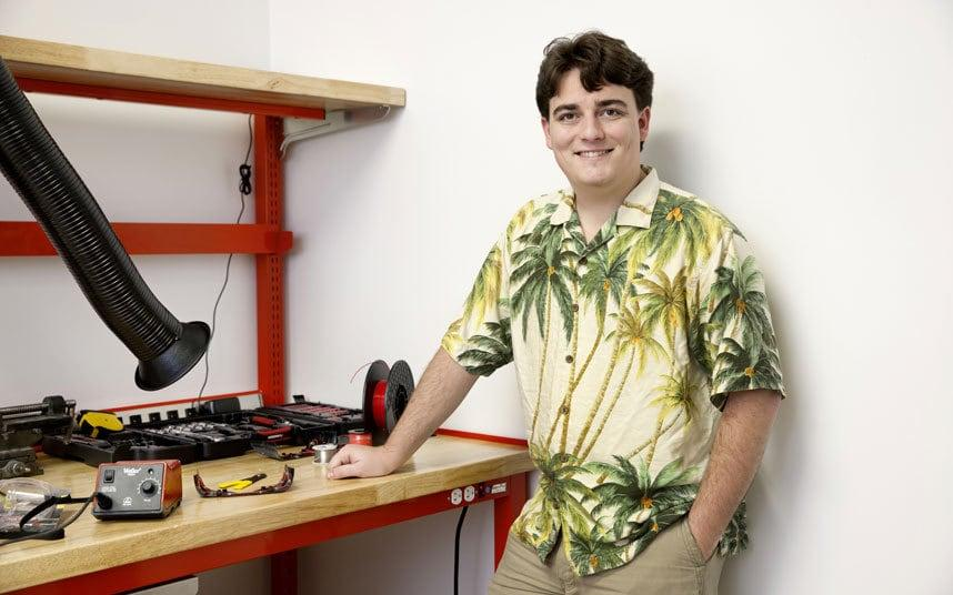 Realtà Virtuale Palmer Luckey
