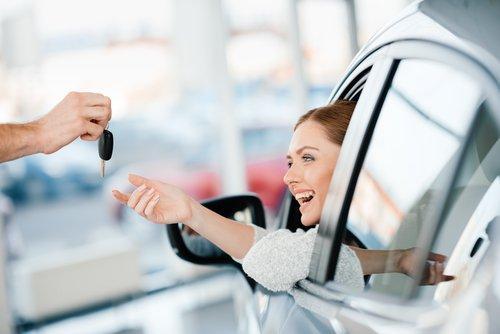 Un report Google rivela cosa ci influenza di più quando compriamo un'auto