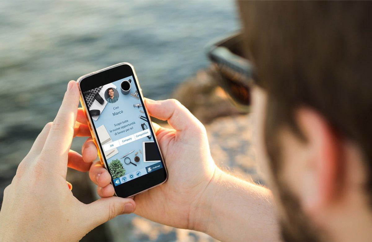 L'evoluzione del Curriculum Vitae: come trovare lavoro con smartphone e gamification
