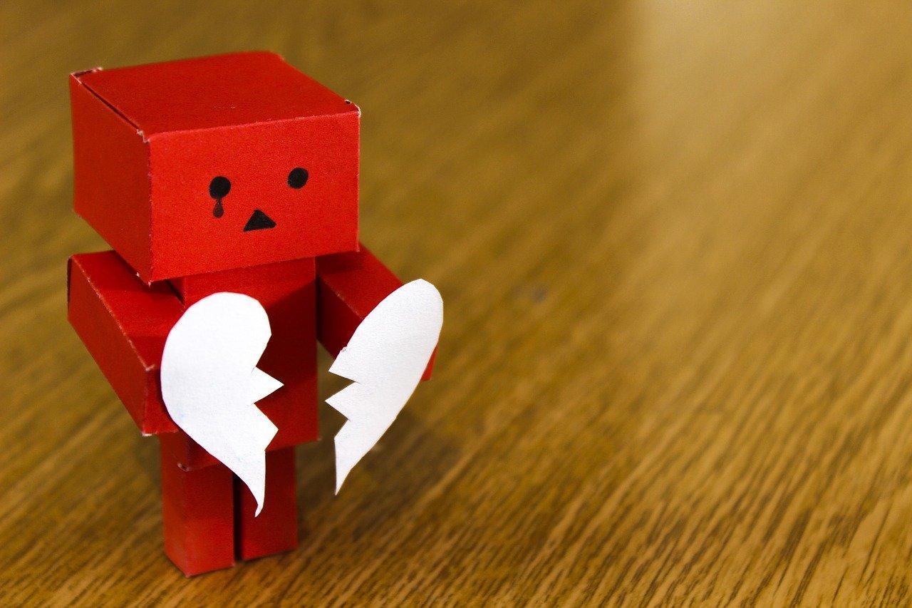 Istruzioni per (evitare di) rendersi infelici sui social