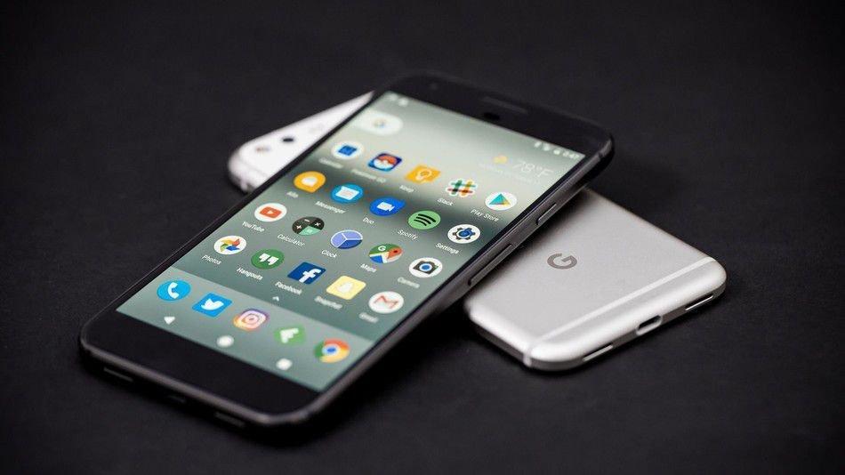 La vera mossa di Google dietro Pixel 2 è l'intelligenza artificiale, non fare telefonini