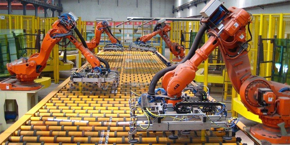 quando-il-collega-e-un-robot-e-triplica-lefficienza-del-lavoro