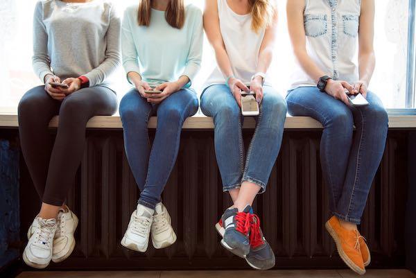 giovani-smartphone-suicidio