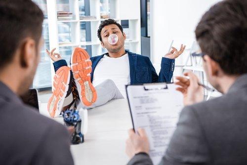 """Cos'è il """"blind recruitment"""" e perché le aziende dovrebbero assumere così"""