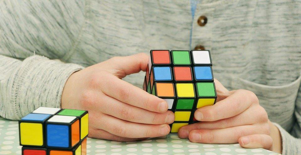 magic-cube-1976725_960_720