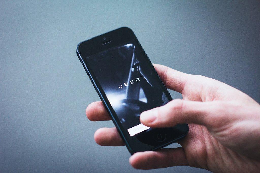 Non solo auto, Uber vuole offrirti anche camerieri e guardie del corpo