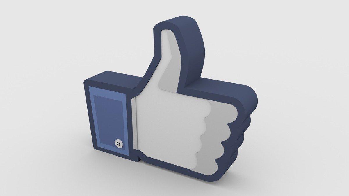 I dieci comandamenti per non perdere tempo su Facebook