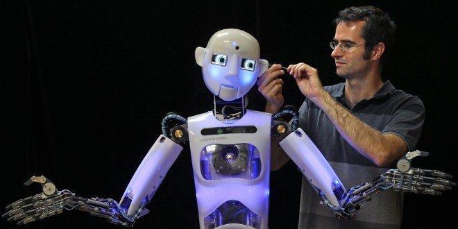 Perché i robot non ci ruberanno il lavoro (ma noi dobbiamo diventare i loro leader)