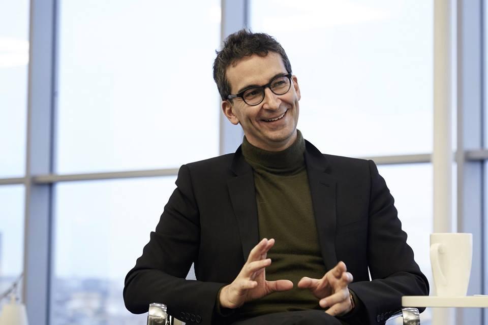 Marchetti vende Yoox a Richemont per 5,3 miliardi (e lo annuncia su Facebook)