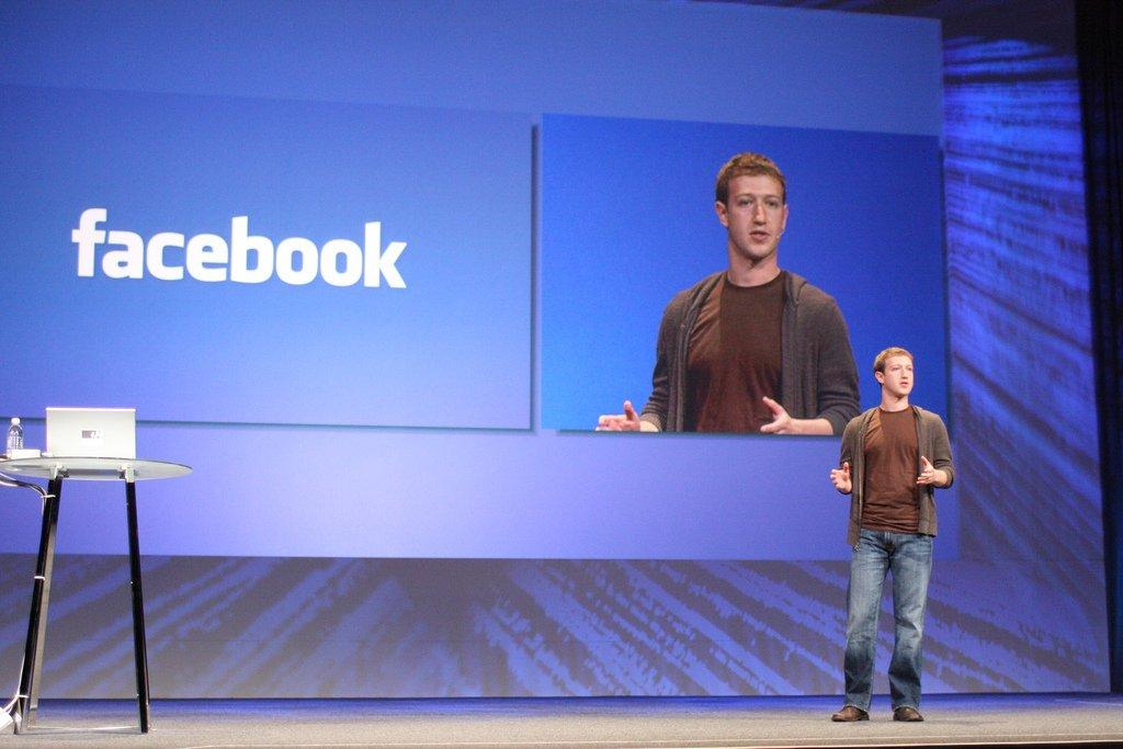 Il ceo di Facebook Mark Zuckerberg. Foto di by b_d_solis/Flickr