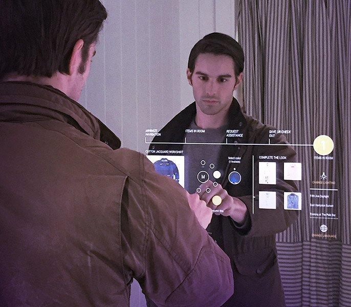 Smart Mirror: come la realtà aumentata rivoluzionerà il fashion