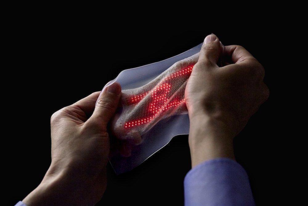 Una seconda pelle che controlla i segnali del cuore. L'hanno inventata i giapponesi