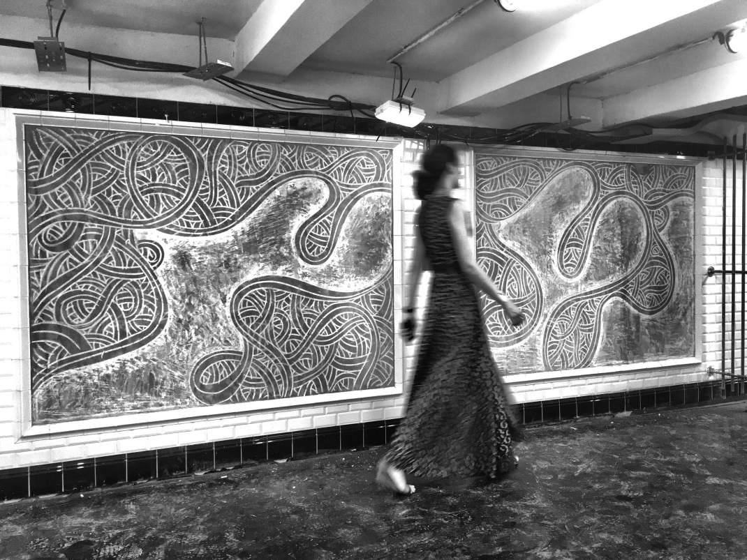 Design in cemento e street art: l'arte minimale di Jordane Saget