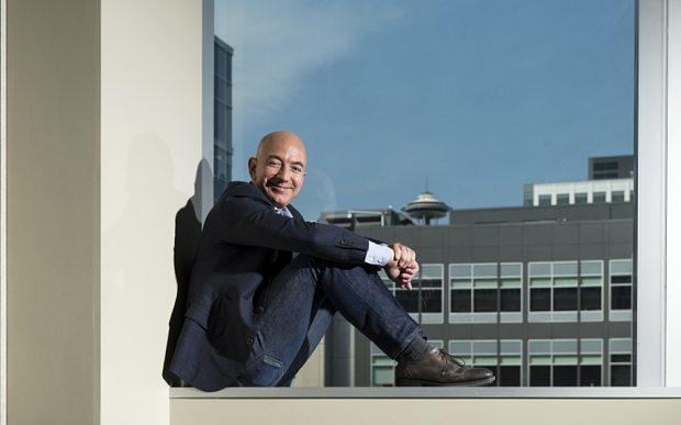 Jeff Bezos accusa: 'Io ricattato'