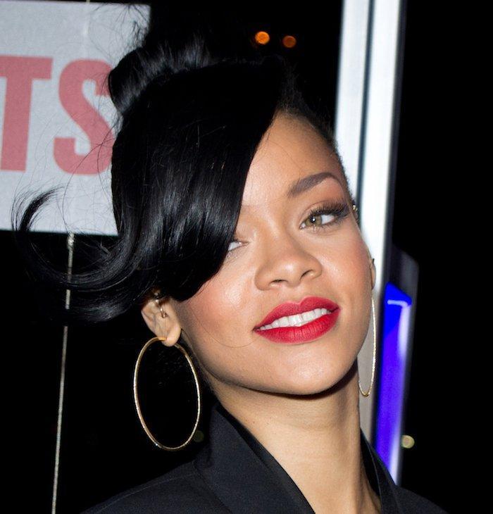 Rihanna lista storia dating