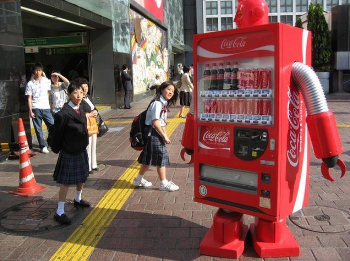 Coca-Cola pronta a lanciare la sua prima bevanda alcolica (in Giappone)