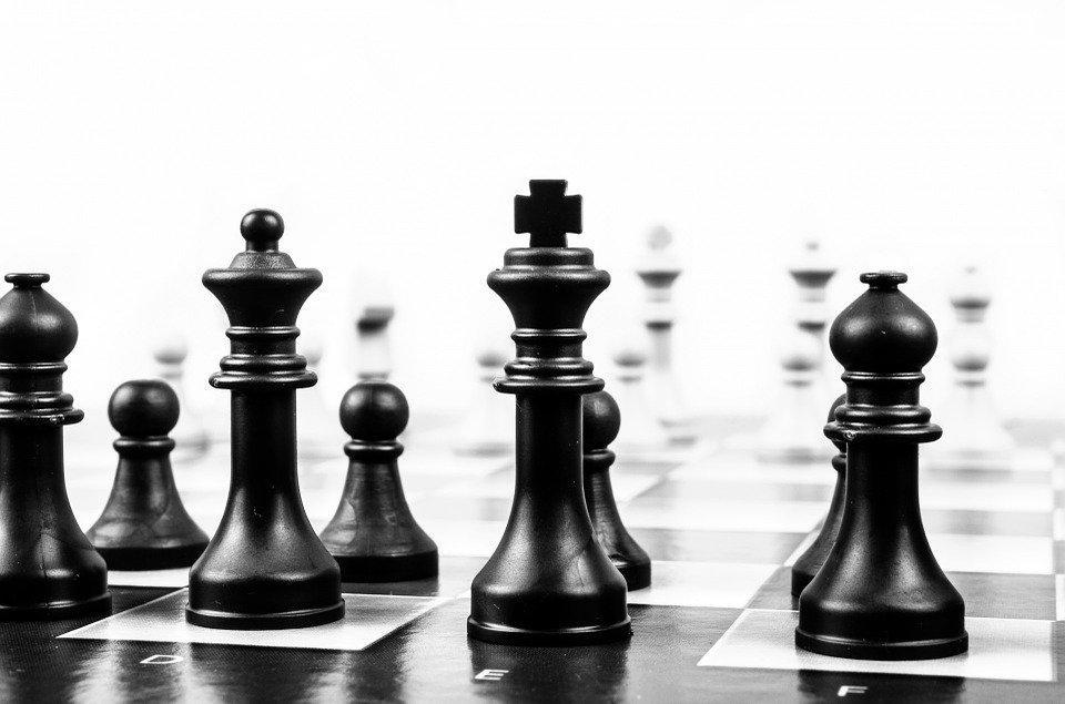 Leader come il re degli scacchi