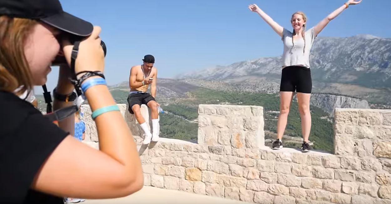 Il lavoro dei sogni esiste: viaggiare in Europa gratis per 3 mesi