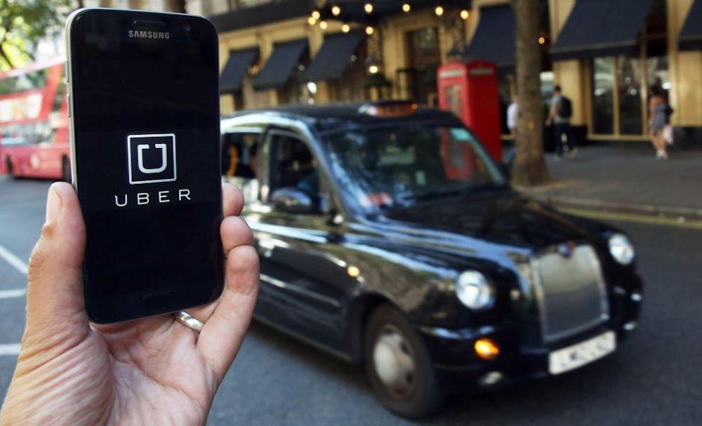 Solo autisti autorizzati, così cambia Uber. Si parte da Londra