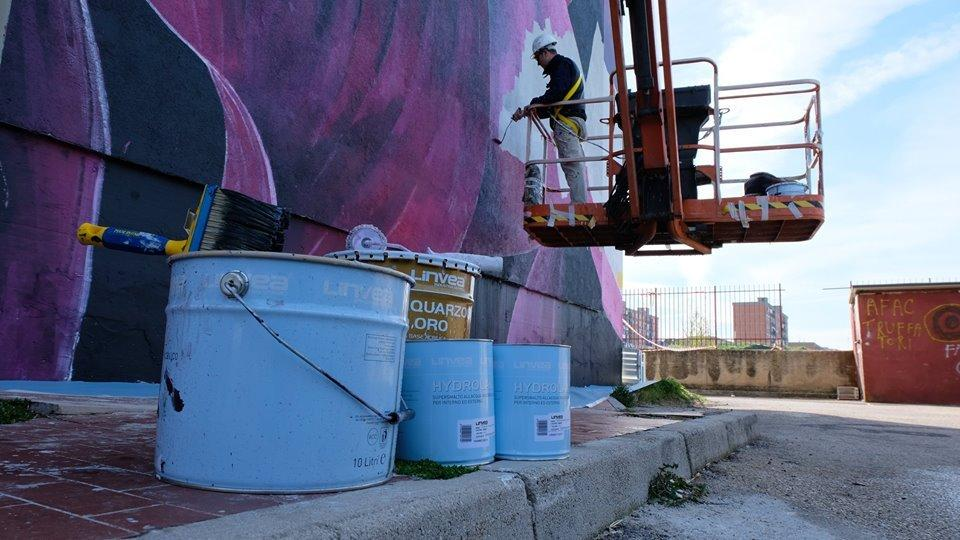 La filosofia colorful di Linvea tra territorio e street art_2