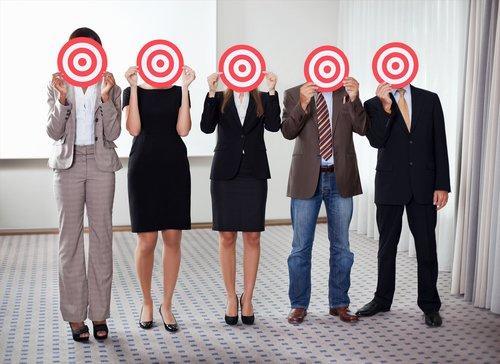 Come individuare i tuoi (futuri) clienti tra 43 milioni di utenti online