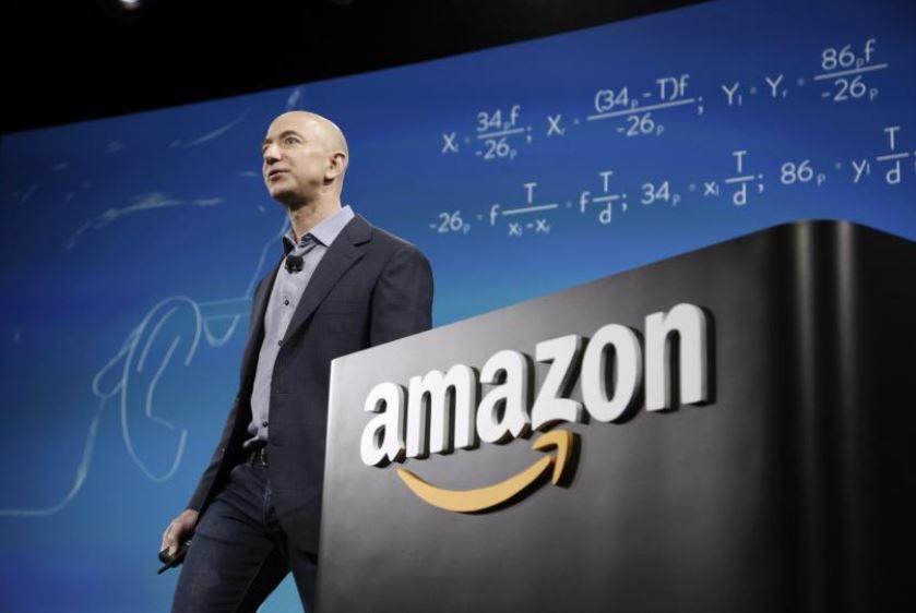 Amazon indaga su recensioni negative cancellate e dati venduti da dipendenti corrotti