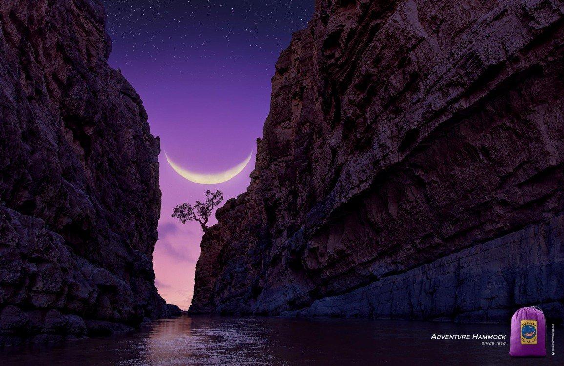 canyon_moon