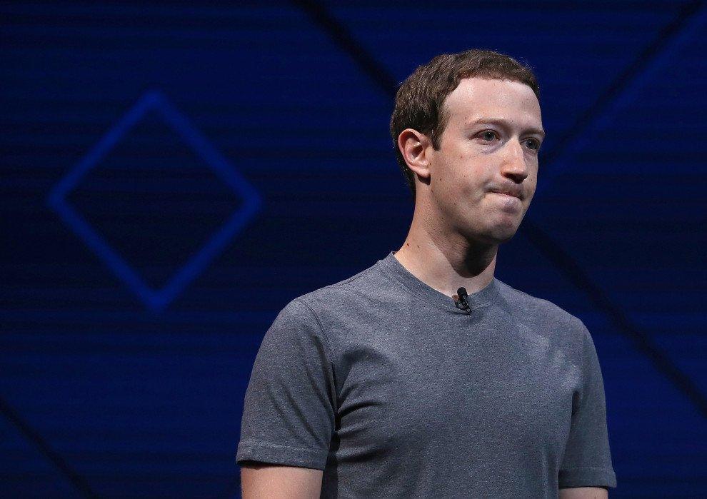 Week in Social: Zuck si cosparge il capo di ceneri, novità per WhatsApp e Snapchat