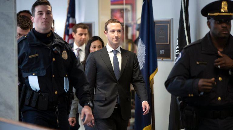 LIVE: L'audizione di Zuckerberg al Congresso americano, in diretta