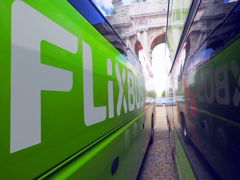 Flixbus integra anche Apple Pay fra i suoi sistemi di pagamento