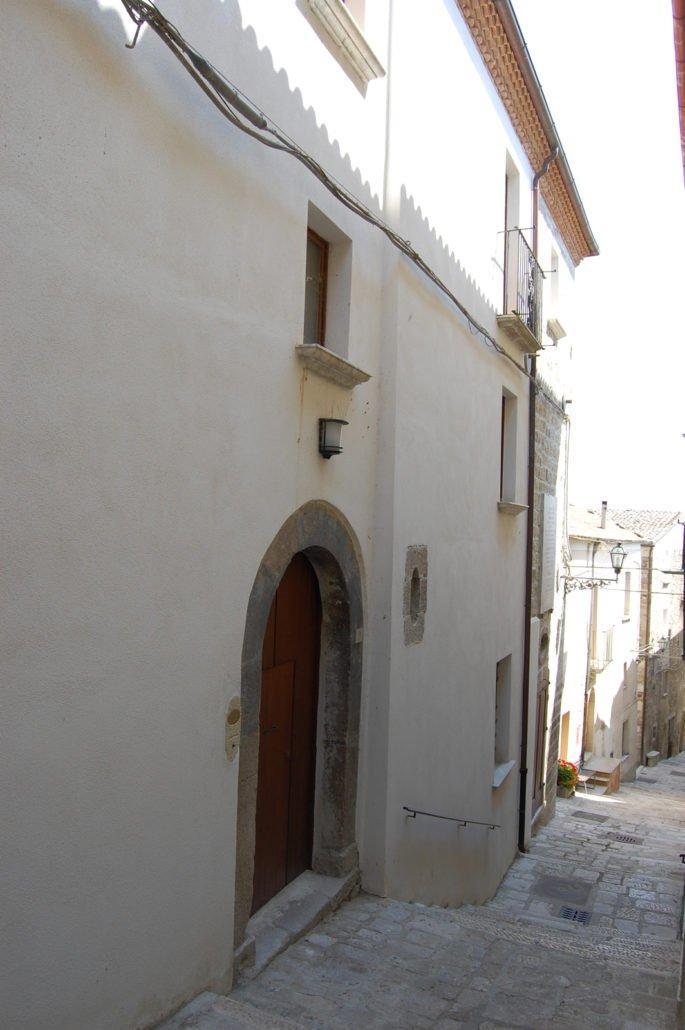 Ingresso casa Vincenzo Cuoco