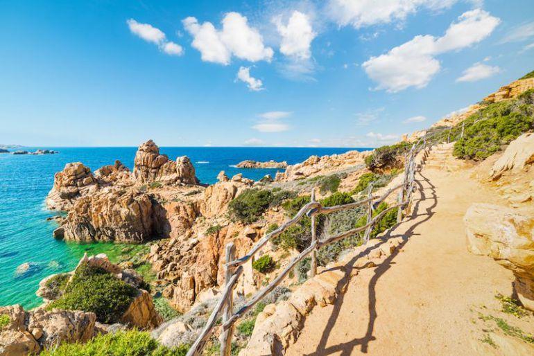 Perché Mindvalley ha scelto proprio la Sardegna per l'A-Fest di quest'anno