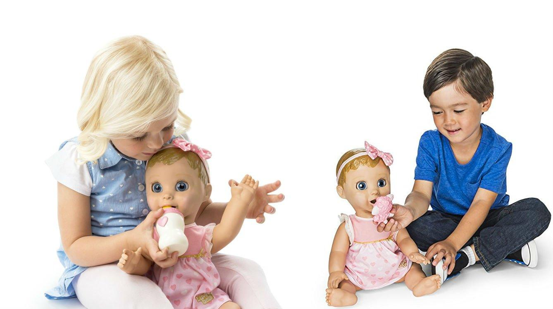 """La bambola che dice """"papà"""""""