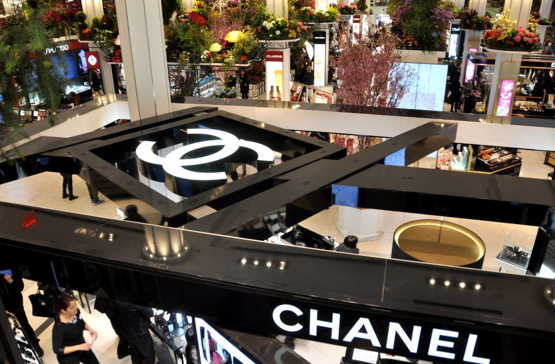 Chanel pubblica per la prima volta il bilancio in 108 anni di storia: 10 miliardi nel 2017 con +11%