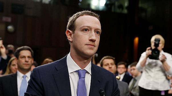 Facebook ha condiviso i nostri dati anche con 4 big tech cinesi