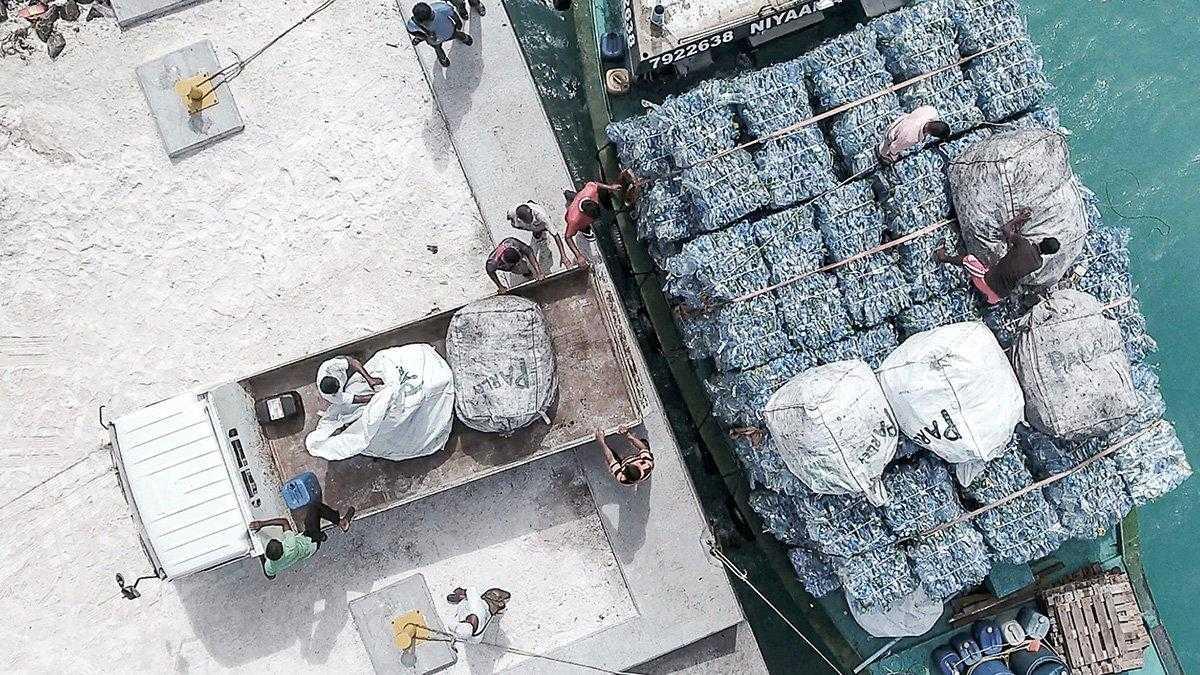 Le nuove carte di credito in plastica riciclata di American Express parlano di sostenibilità