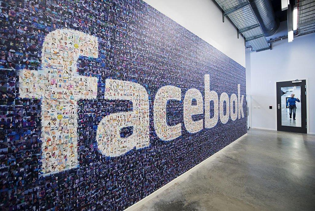Week in social: il controllo dei contenuti di Facebook e le nuove funzioni di Instagram