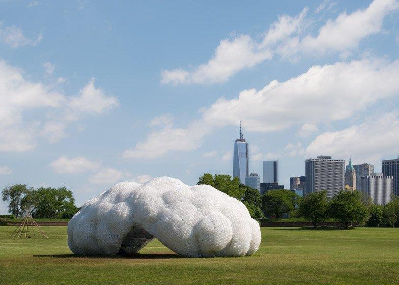 sculture di plastica
