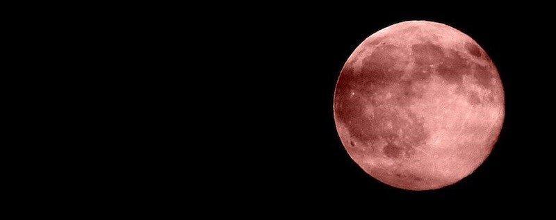 Eclissi di Luna: i 103 minuti più bui del secolo