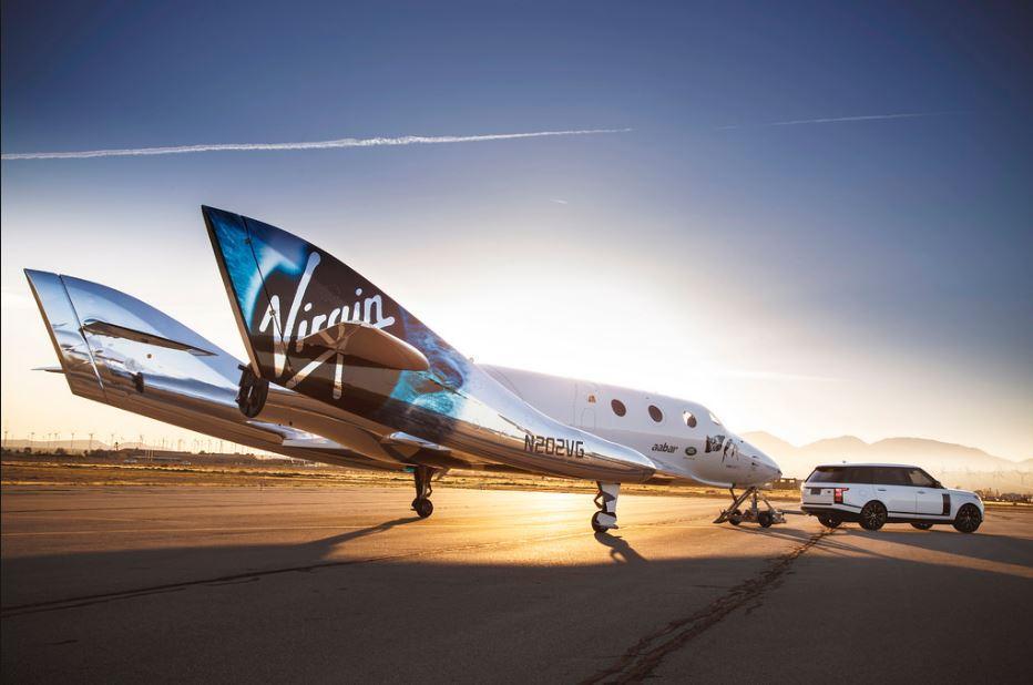 Richard Branson sceglie la Puglia per lanciare nello spazio i razzi di Virgin Galactic