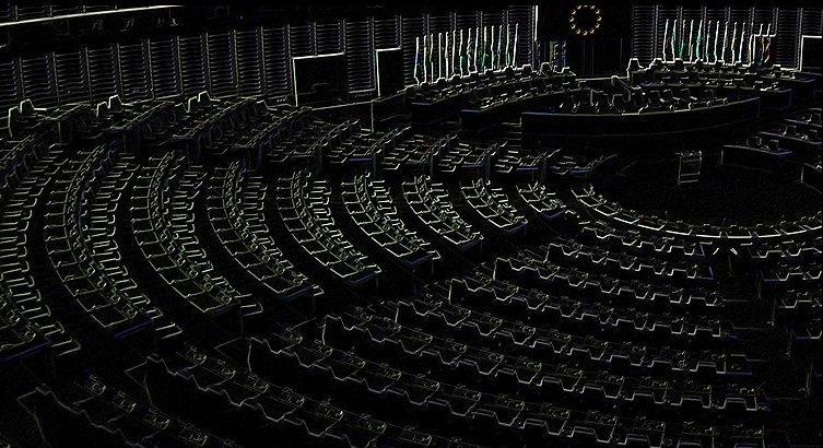 Perché Wikipedia si è auto-oscurata in Italia