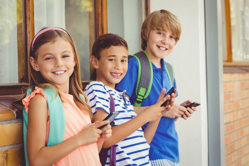 francia scuola legge smartphone