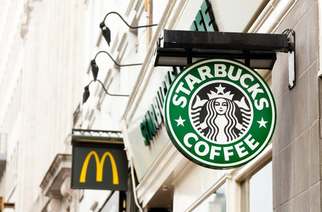 Starbucks e McDonald's