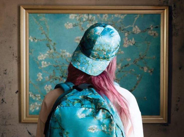 Vans ha realizzato una collezione ispirata a Van Gogh in collaborazione con il museo di Amsterdam